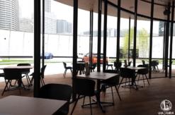 ニッサン チャヤカフェで食と技術の新感覚体験!ロボットウエイターも活躍