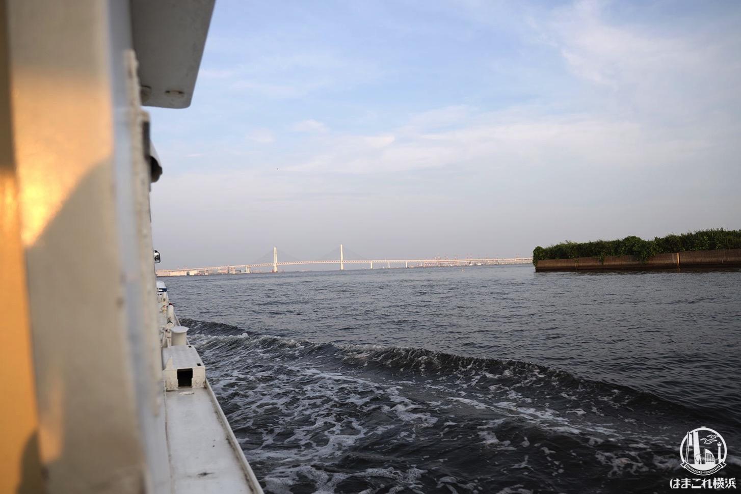 シーバス オープンデッキから見た横浜ベイブリッジ