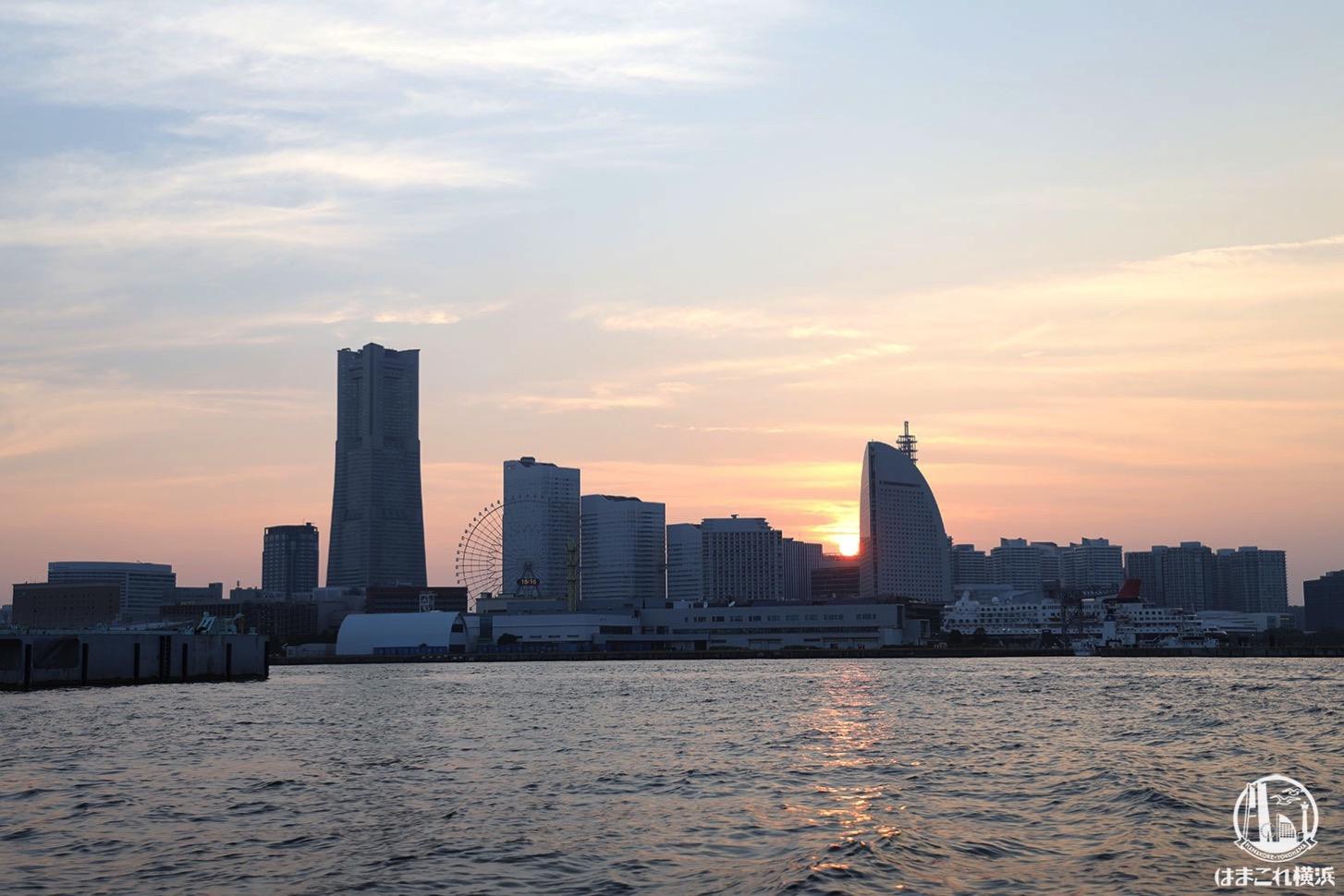 シーバスで横浜駅から山下公園に船旅、日暮れの景色も穏やかでおすすめ