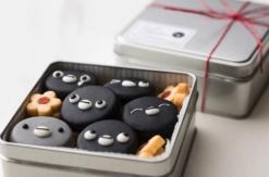 Suicaのペンギンがクッキーや新作ケーキになってホテルメトロポリタンで販売