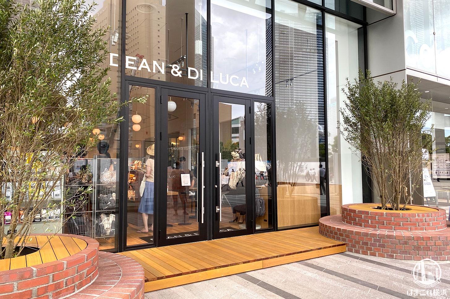 ディーンアンドデルーカカフェ コレットマーレみなとみらい 外観・入り口