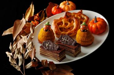 ホテルニューグランド、パンプキンパイやかぼちゃのモンブランなどハロウィンスイーツ販売!