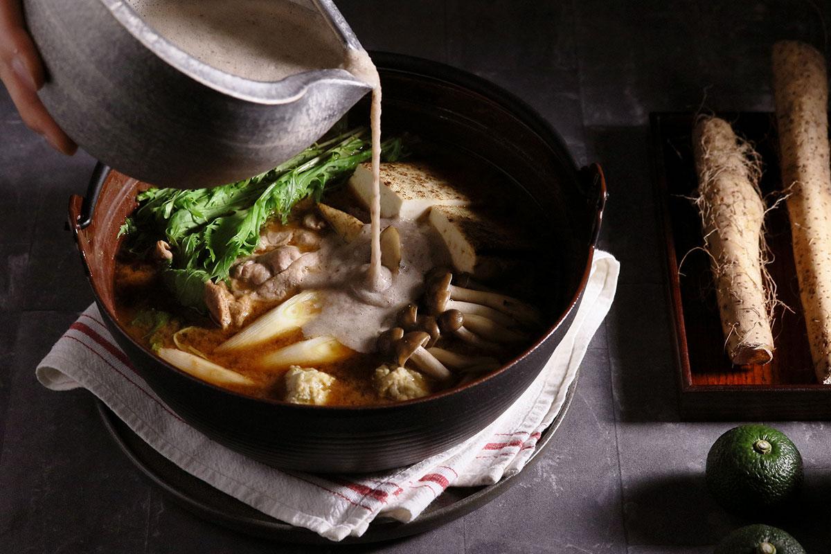 自然薯とろろ味噌鍋