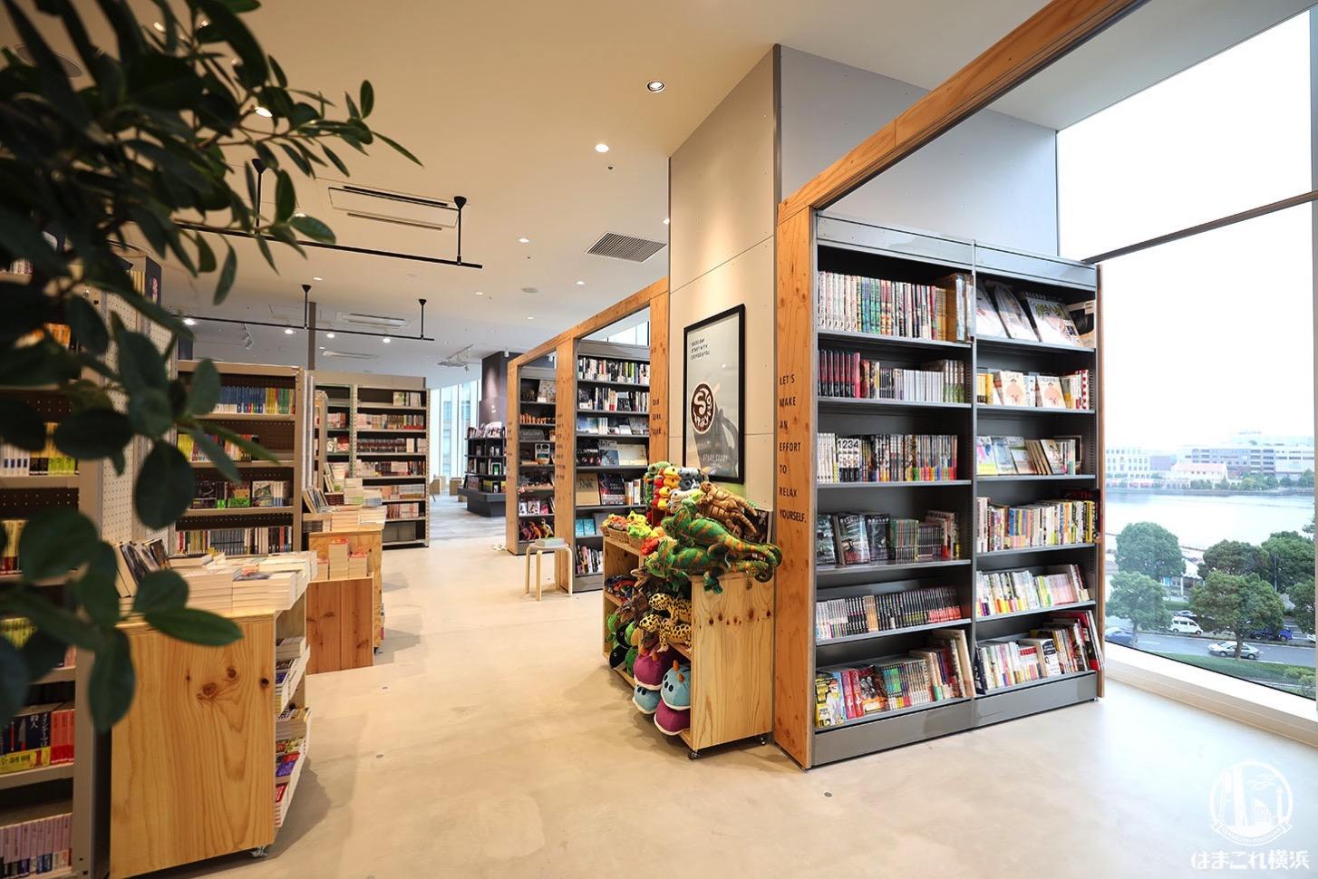 有隣堂「STORY STORY YOKOHAMA」書店から見える横浜の景色