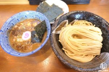 横浜・天王町「つけめん桜の如く」麺のコシが強くて極太!洪福寺松原商店街からのランチ