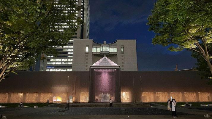 ヨコハマトリエンナーレ2020、特定日に夜間開館を実施!