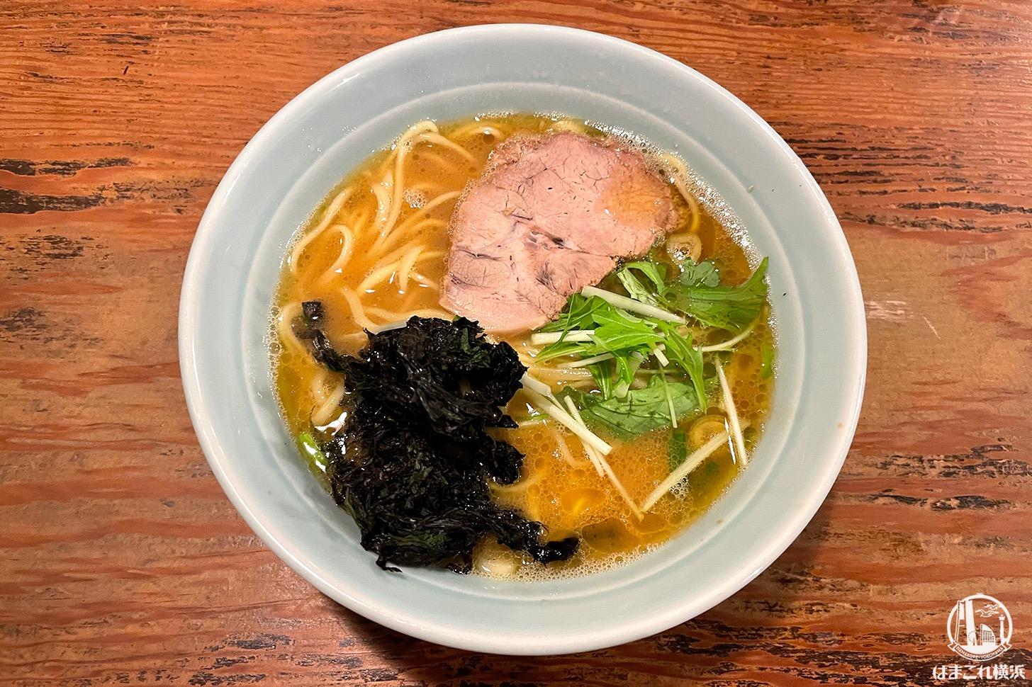 横浜・戸部「がら屋」の豚骨醤油ラーメン旨味濃厚なのに食べやすくて美味!家系ラーメン?