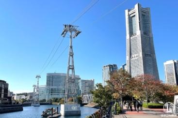 横浜のロープウェイにロープ張られ、停留所も徐々にカタチに!