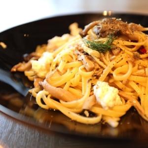横浜「The Blue Bell」でピザ&パスタランチ!ぴあアリーナMM併設カフェ