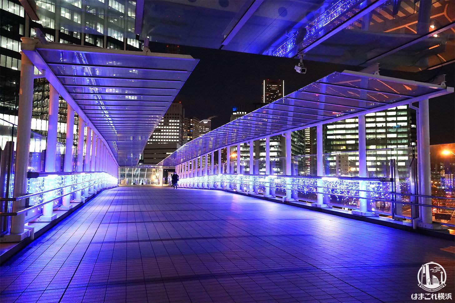 歩道橋「ヨコハマミライト2020」