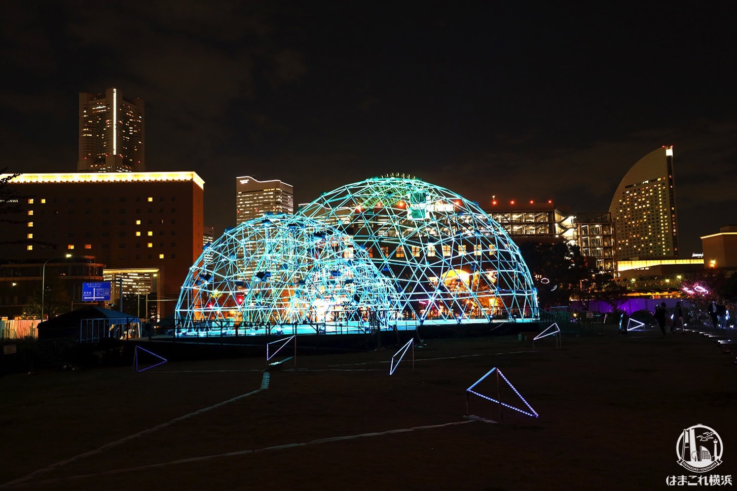 新港中央広場「ヨルノヨ」クロスドーム