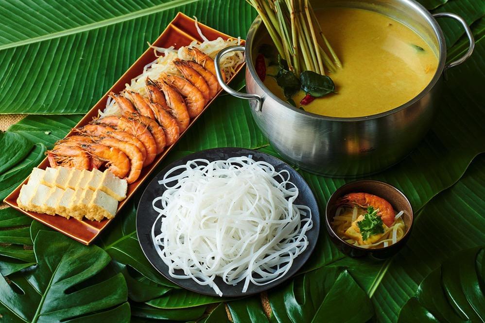 チキンとラムのサテ カチャンソース(インドネシア)