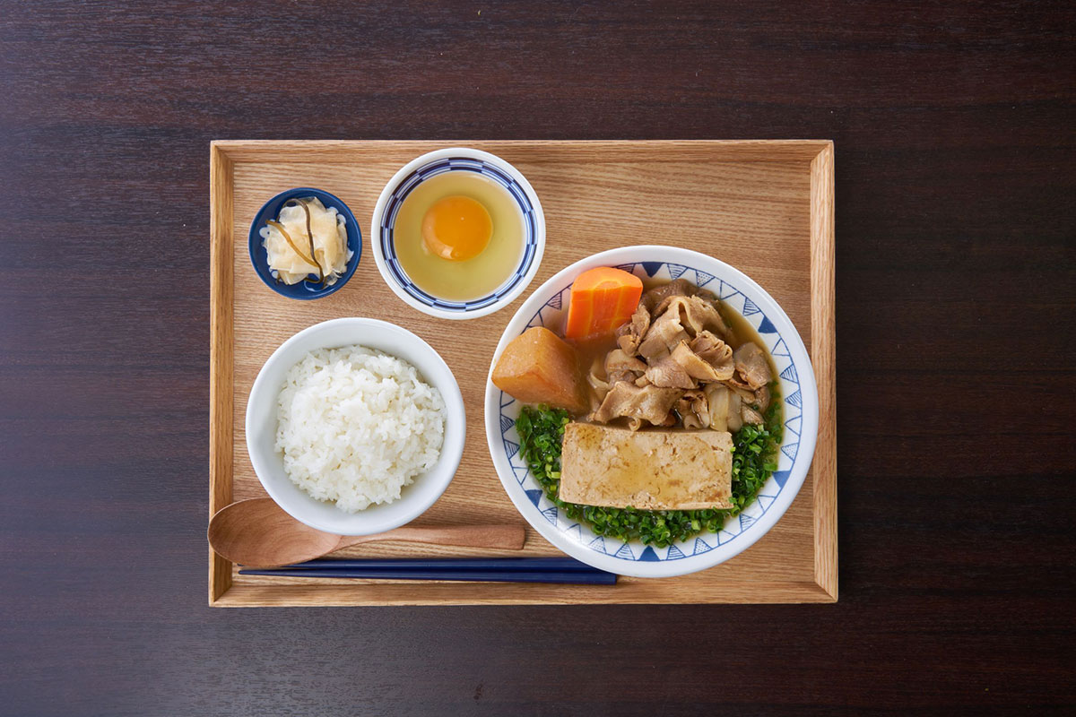 ごろごろ野菜のごちとん豚汁定食
