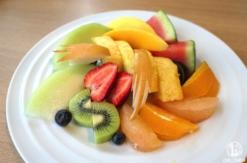 果実園リーベル横浜の「フルーツサラダ」みなとみらいで色々なフルーツたっぷり食べたい人におすすめ!