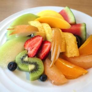 果実園リーベル横浜「フルーツサラダ」みなとみらいでフルーツたっぷり食べたい人におすすめ!