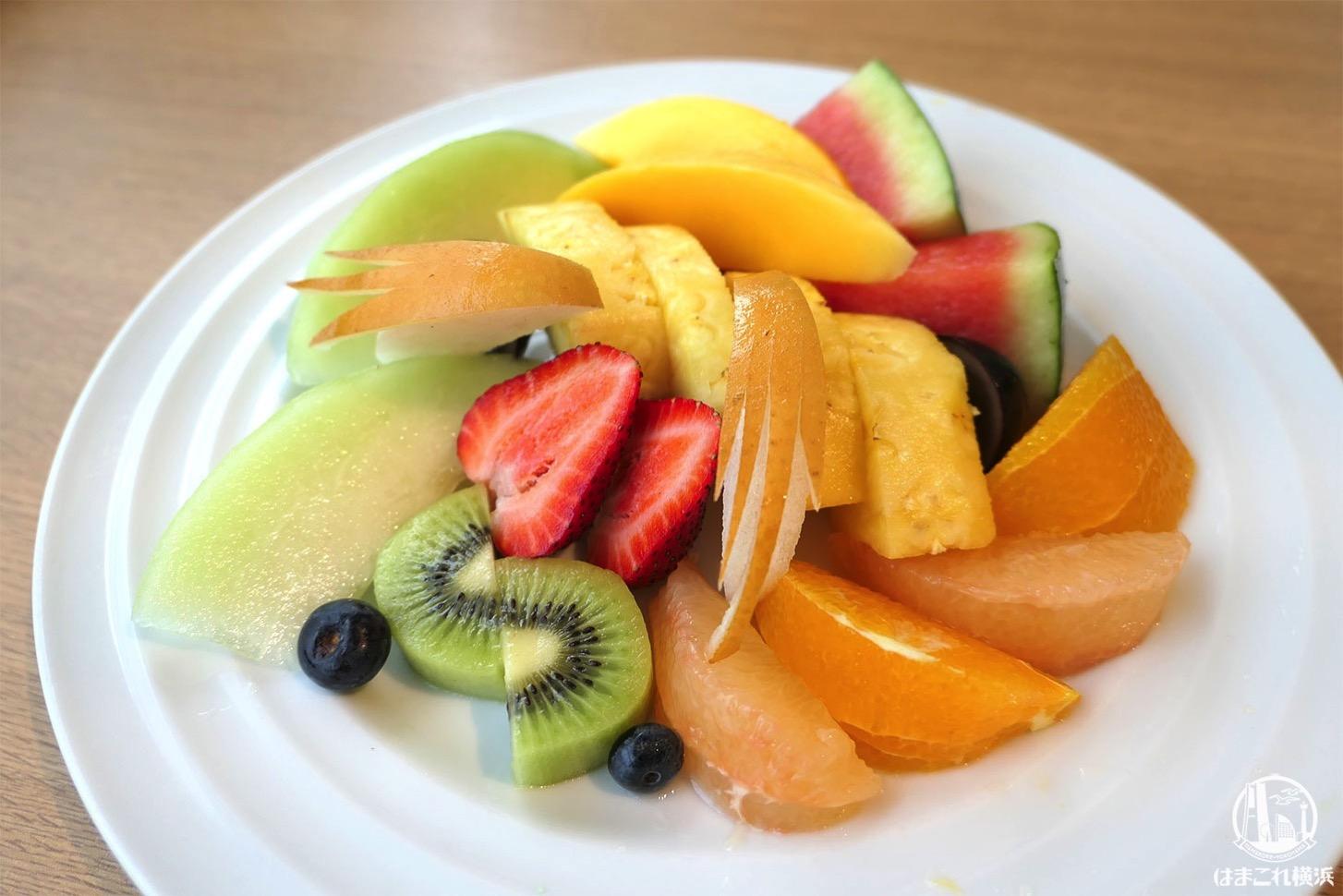 果実園リーベル横浜「フルーツサラダ」みなとみらいで色々なフルーツたっぷり食べたい人におすすめ!
