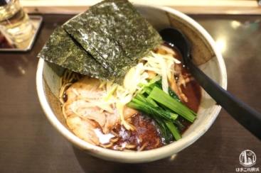 麺処田ぶし横浜店は鰹節ガツンと豚骨スープ味わえて美味!和風豚骨ラーメン