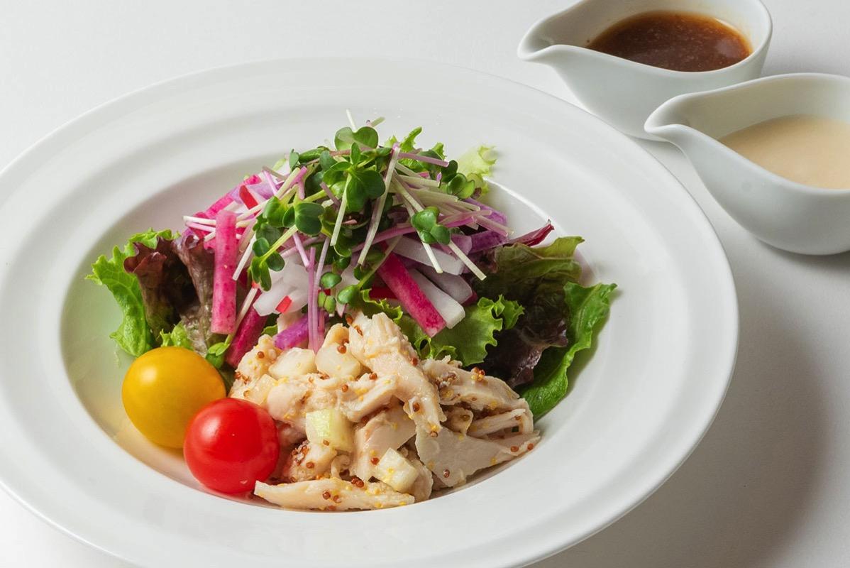 チキンとカラフル大根のサラダ