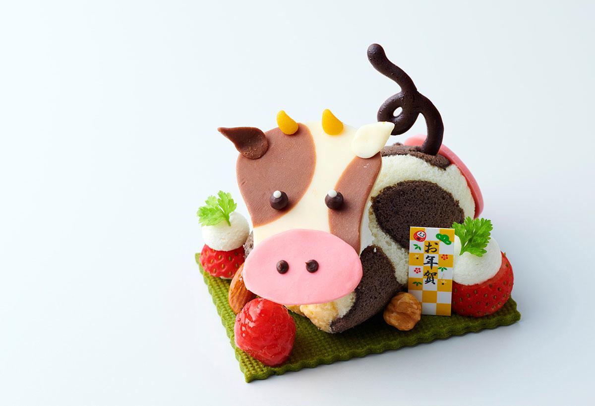 横浜ロイヤルパークホテル、新年彩る「お正月ケーキ」販売!