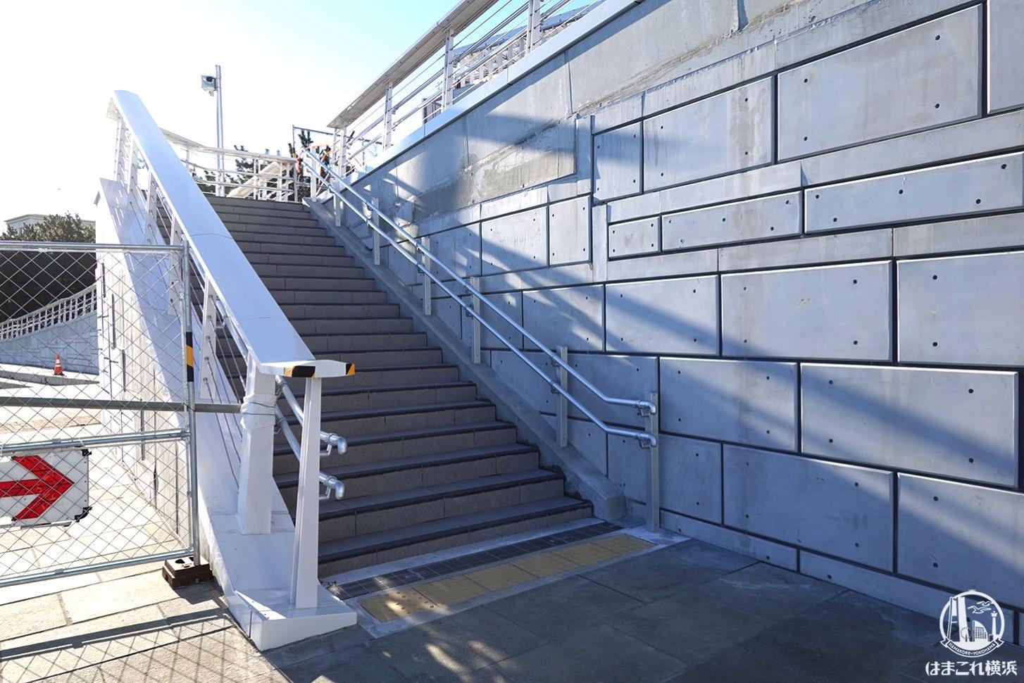 女神橋(めがみばし)階段