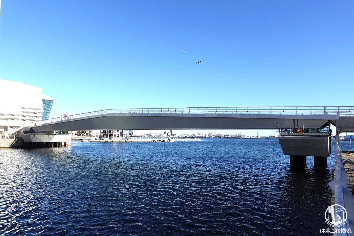 女神橋(めがみばし)