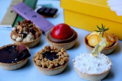 パイ専門店「パイホリック」と「バニラビーンズ」のコラボチョコレートパイが誕生!