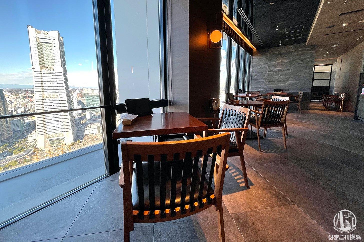 THE YOKOHAMA BAY テーブル席