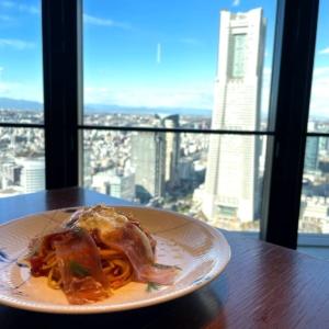横浜馬車道「THE YOKOHAMA BAY」が絶景レストラン!みなとみらい一望ランチ