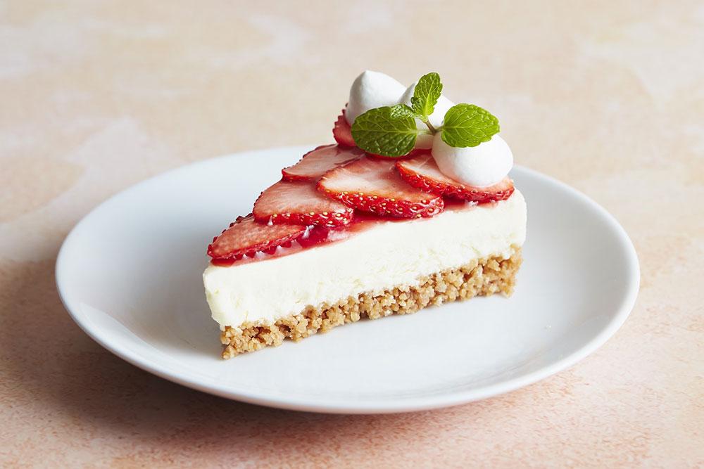 ストロベリー レアチーズケーキ