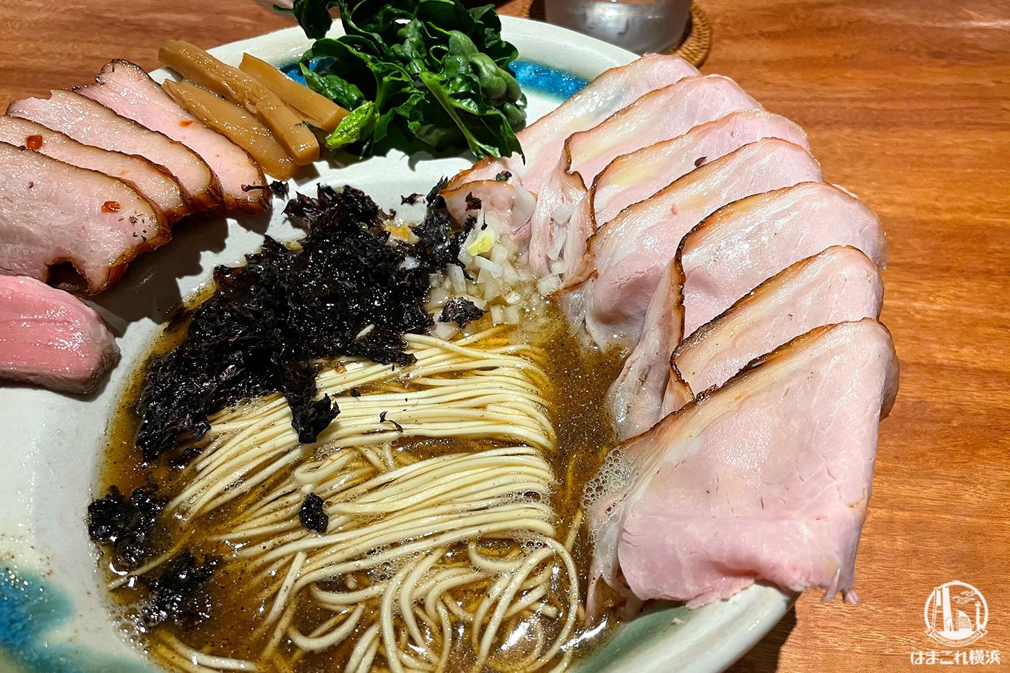 エレガントな煮干拉麺 豚ロース