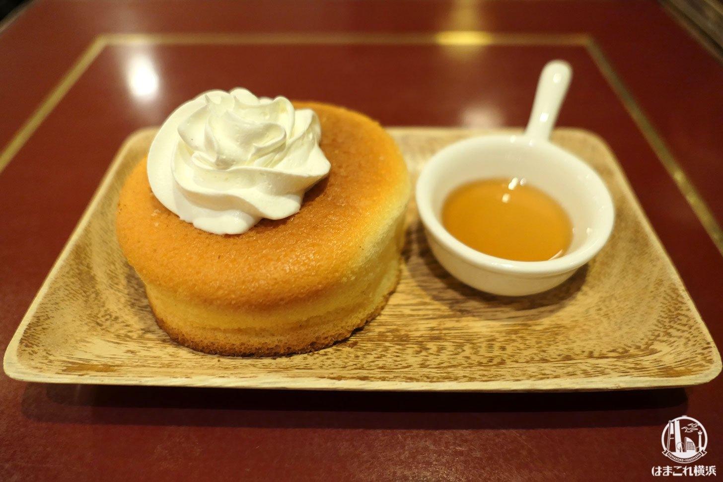 サモアール・横浜ジョイナスに窯焼きスフレパンケーキ!ロイヤルミルクティーとセットで
