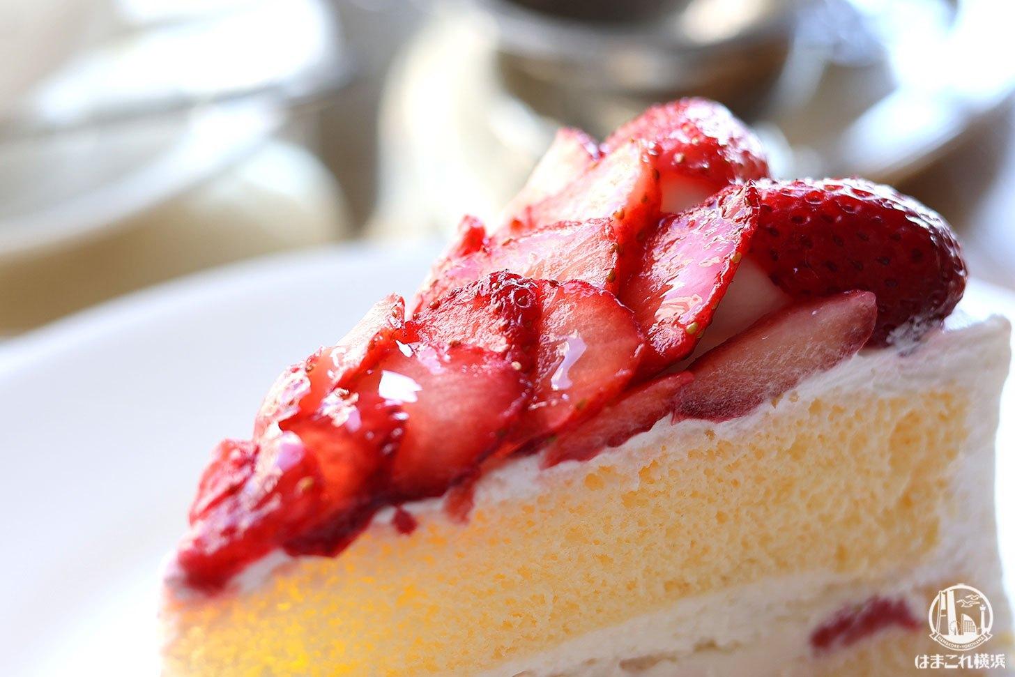 苺たっぷりショートケーキ