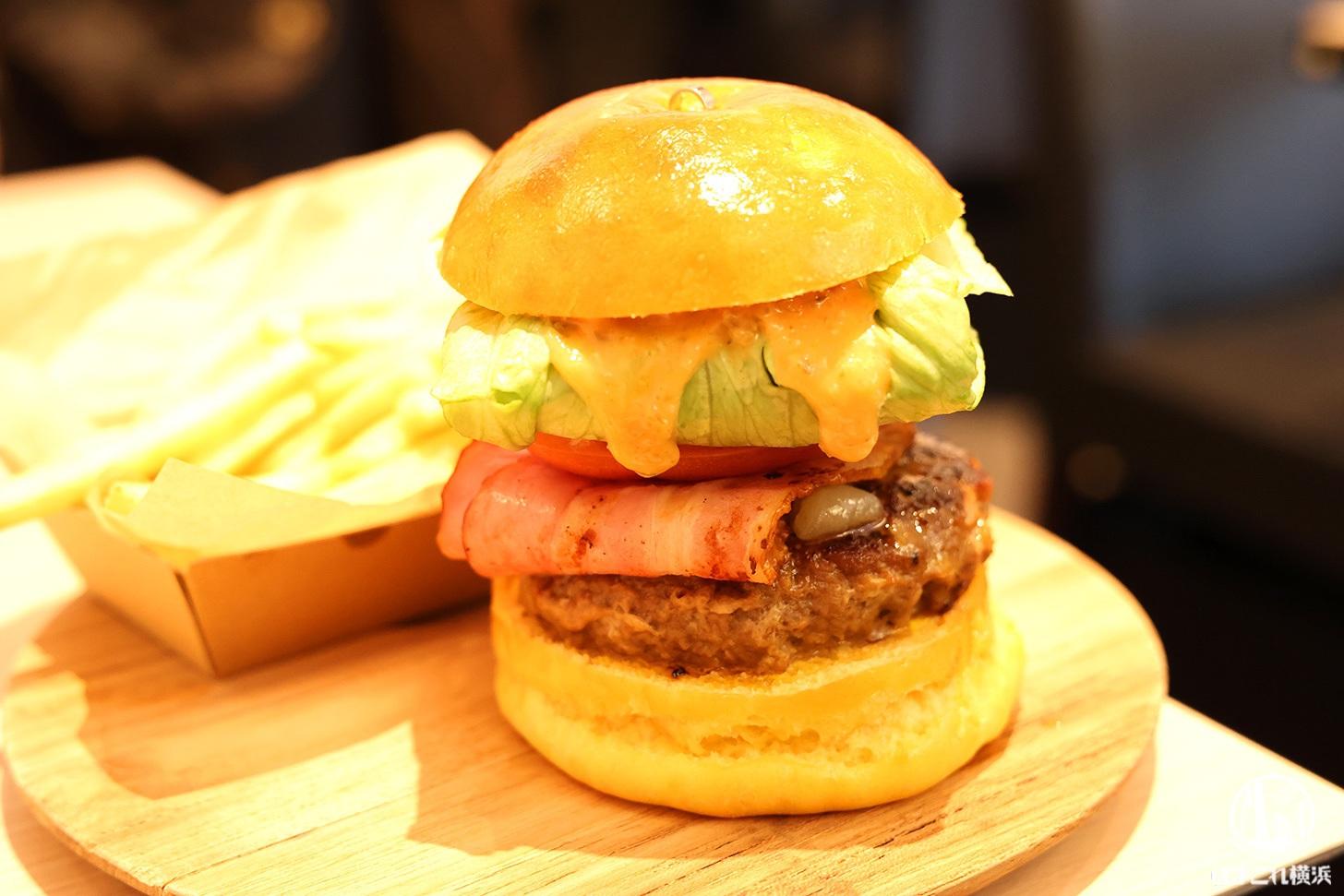 尾島商店のハンバーガーめちゃ旨い!横浜老舗精肉店のカフェ・ミートカフェオジマ