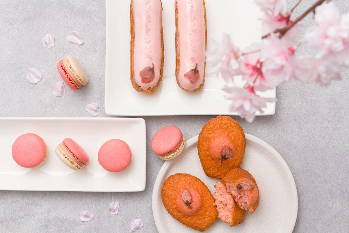 桜やイチゴを使ったスイーツ