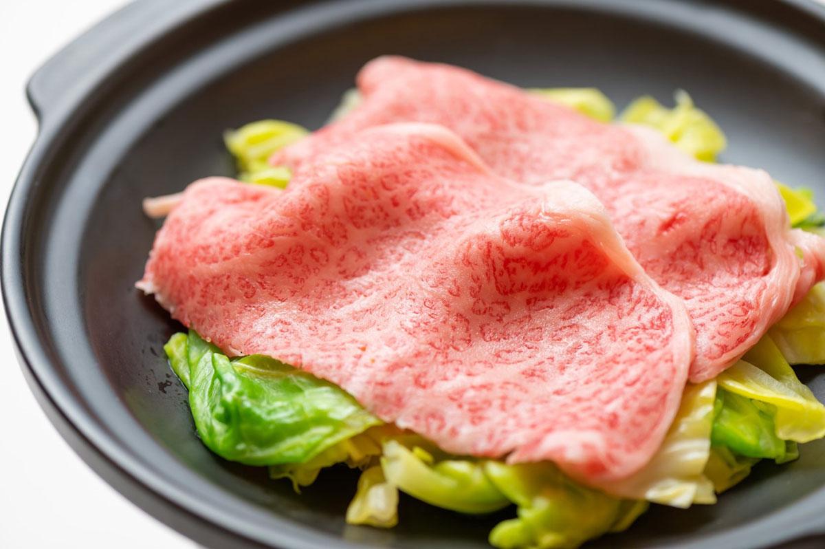佐賀県産 佐賀牛と春キャベツの陶板蒸し