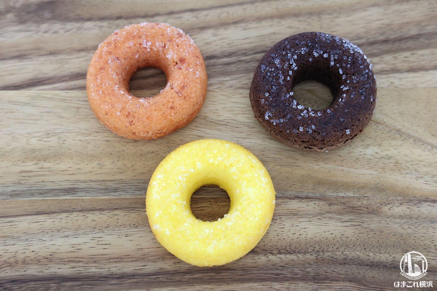 かすてらドーナツ プレーン・チョコ・ストロベリーの3種