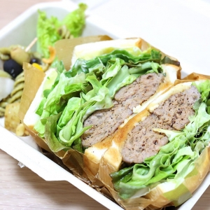 """シゲルキッチン横浜高島屋店""""のサンドイッチは""""鳥茂つくね""""凄すぎ!テイクアウト大満足"""
