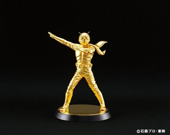 横浜高島屋で「大黄金展」開催!金箔仮面ライダーや鉄腕アトムなど金の工芸品1,000点