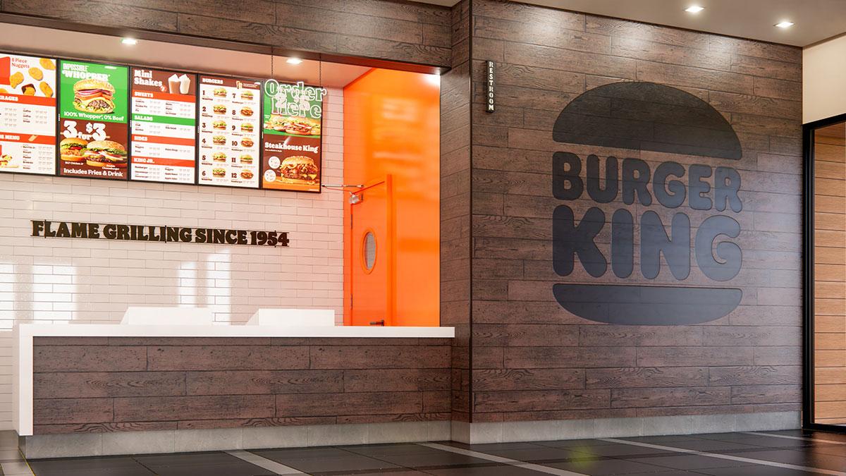 バーガーキング、横浜・桜木町駅のコレットマーレに誕生!新デザイン店舗として展開