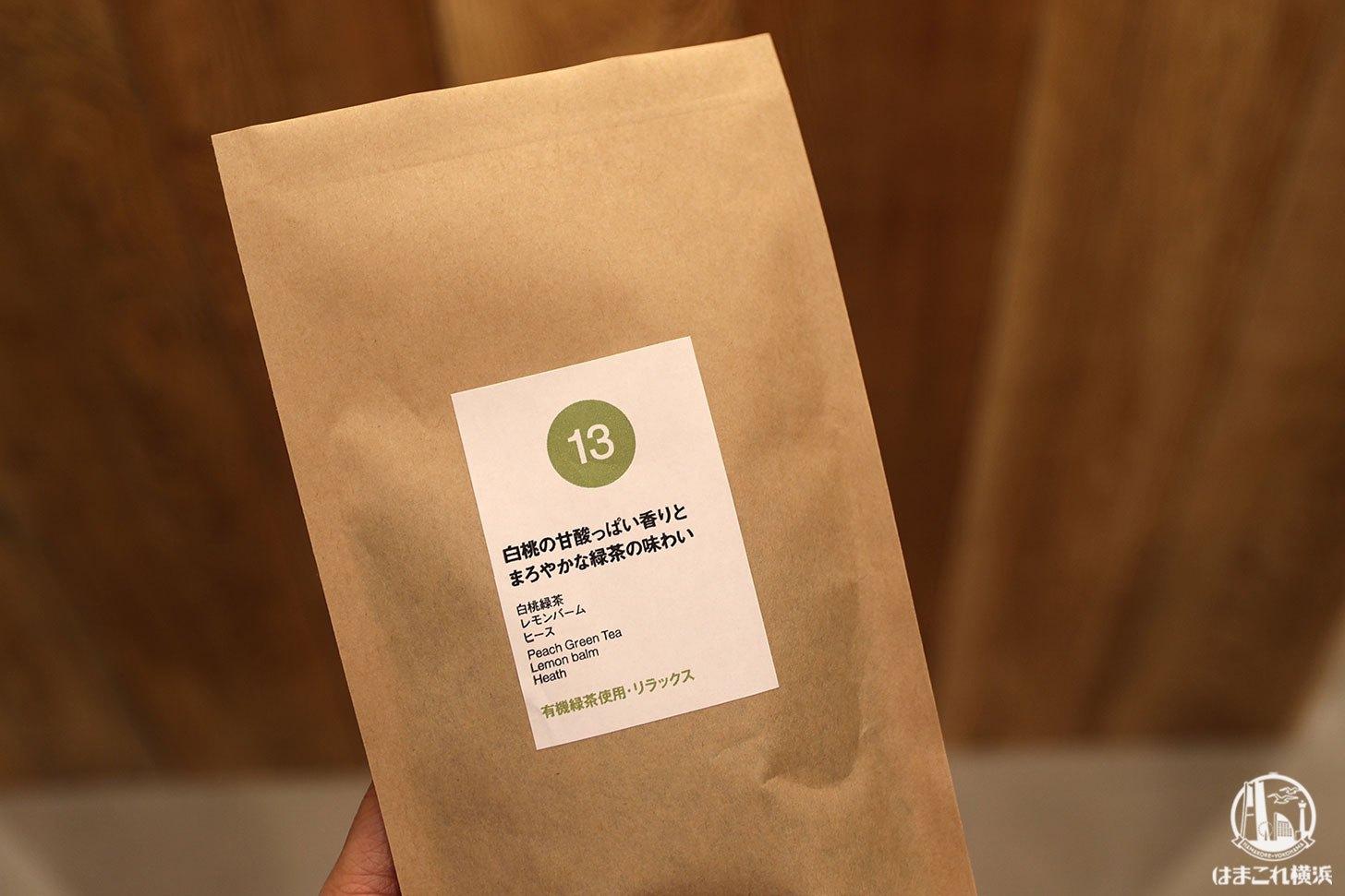 白桃の甘酸っぱい香りとまろやかな緑茶の味わい