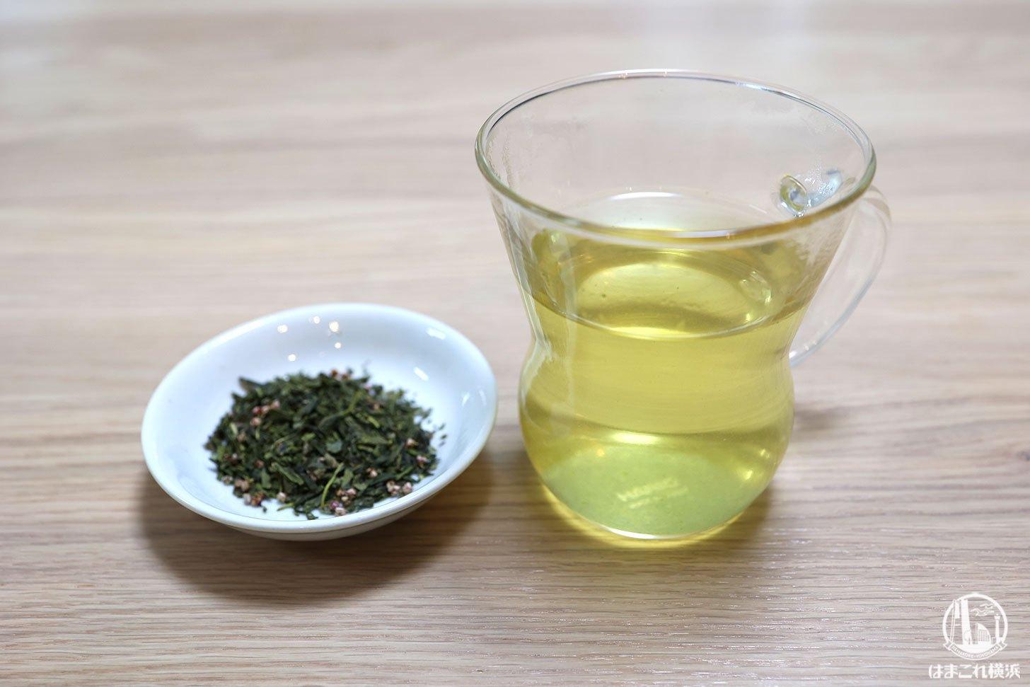 購入した白桃の甘酸っぱい香りとまろやかな緑茶の味わい