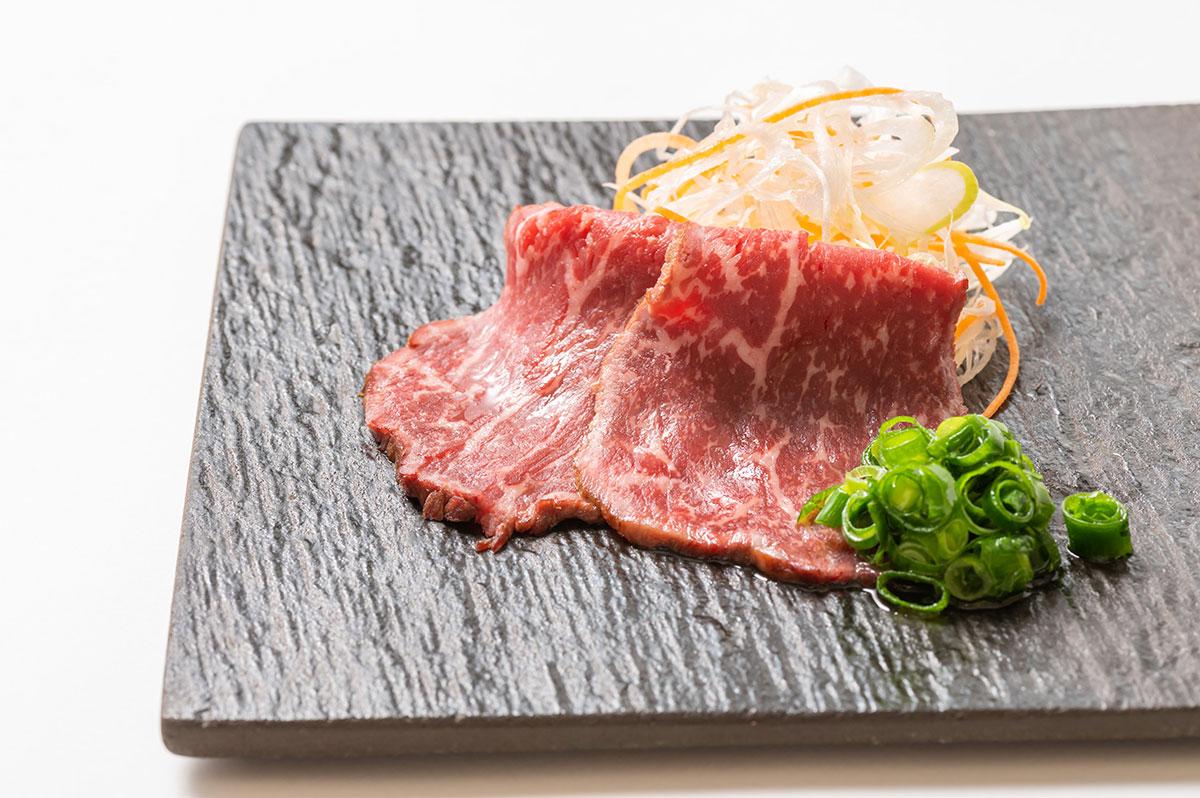 北海道産黒毛和牛「e-びーふ」のたたき