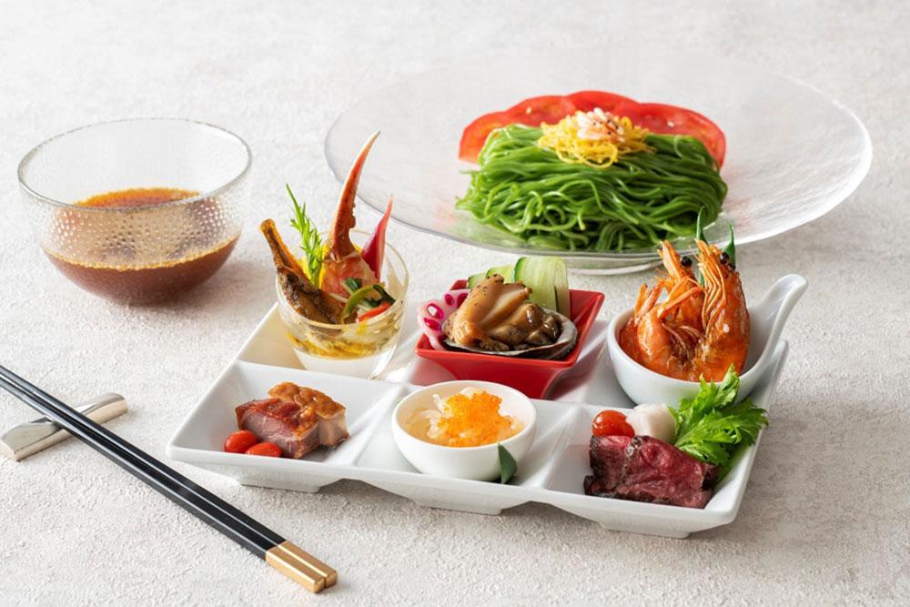 特選海鮮盛り冷やし翡翠麺