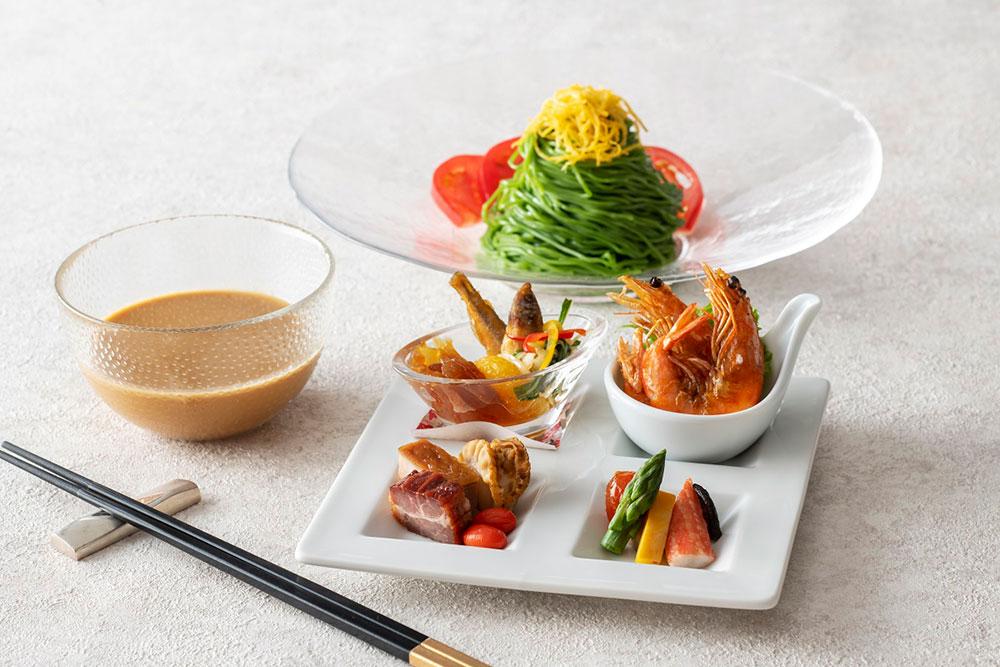 驊騮 冷やし翡翠麺