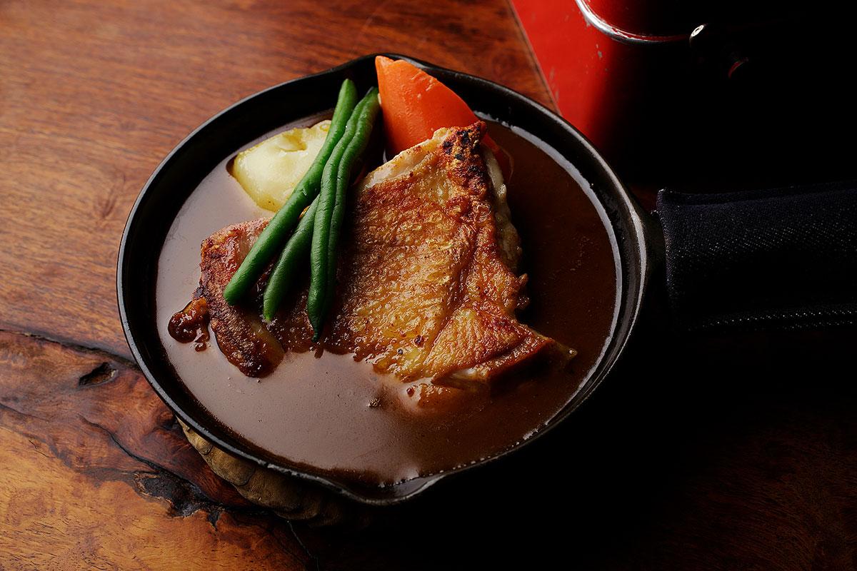 ステーキカリー「横浜ジロー鶏」