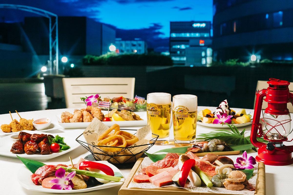新横浜プリンスホテル屋上でハワイ感じるビアガーデン開催!ソファー席やハンモック席も