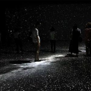 横浜赤レンガ倉庫「アートプラネタリウム」星と歩く幻想的な体験型イベントだった!