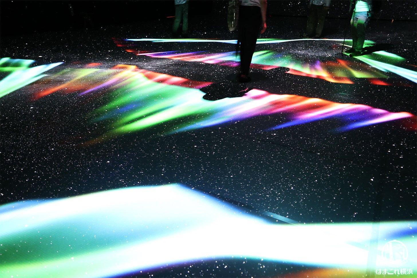 赤レンガ・アートプラネタリウム「星と歩く」オーロラ