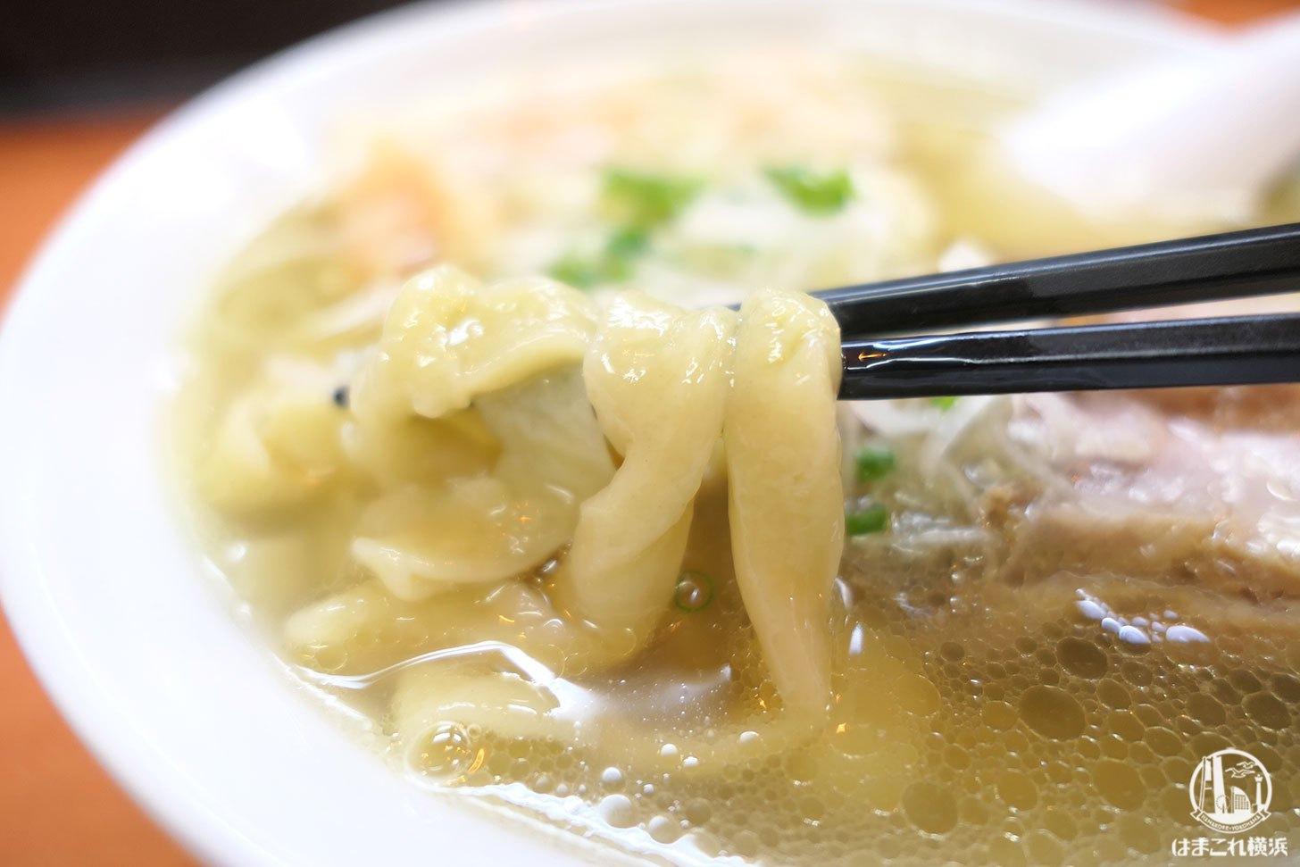 海老ワンタン麺 モチモチの麺