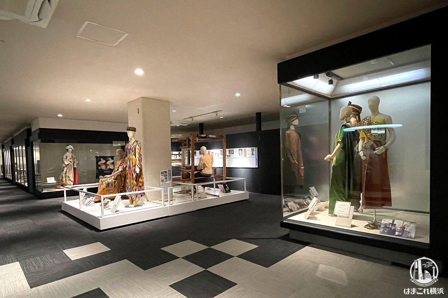 各時代の衣装展示